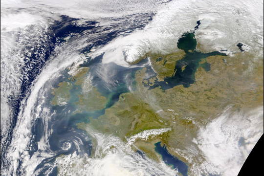 Pollution over Europe, 2002.